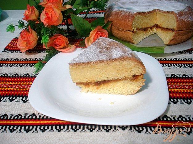 фото рецепта: Бисквит в мультиварке