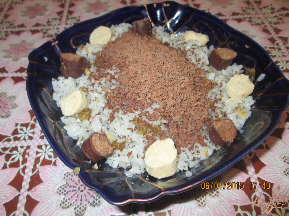 Фото приготовление рецепта: Кутья из риса с макои и изюмом шаг №5