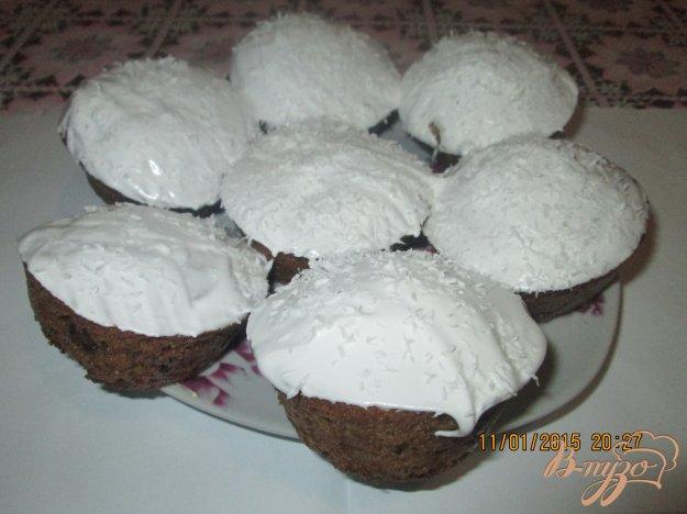 Кекси з шоколадом і вишнями. Як приготувати з фото