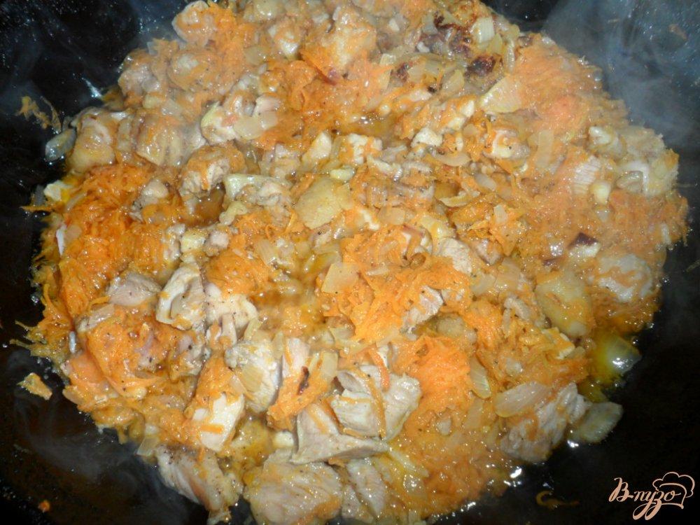 Фото приготовление рецепта: Рис с мясом шаг №3
