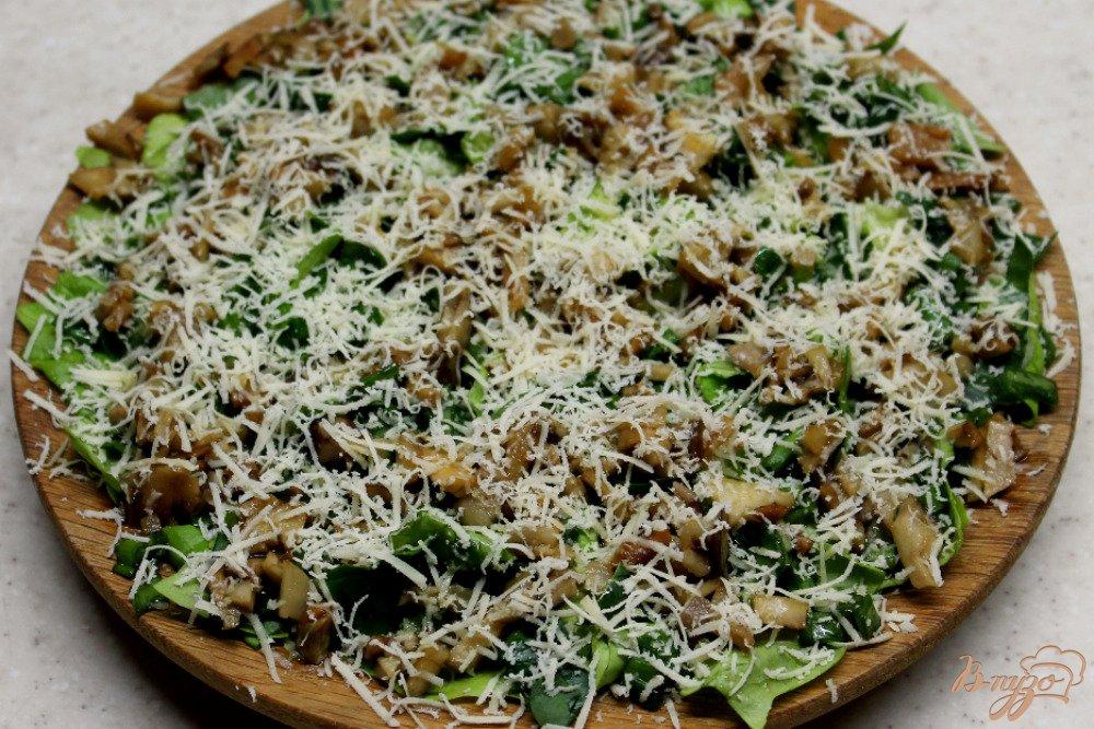 Фото приготовление рецепта: Зеленый салат с топинамбуром и сыром шаг №7