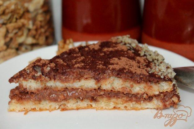 фото рецепта: Шоколадно-ореховый торт