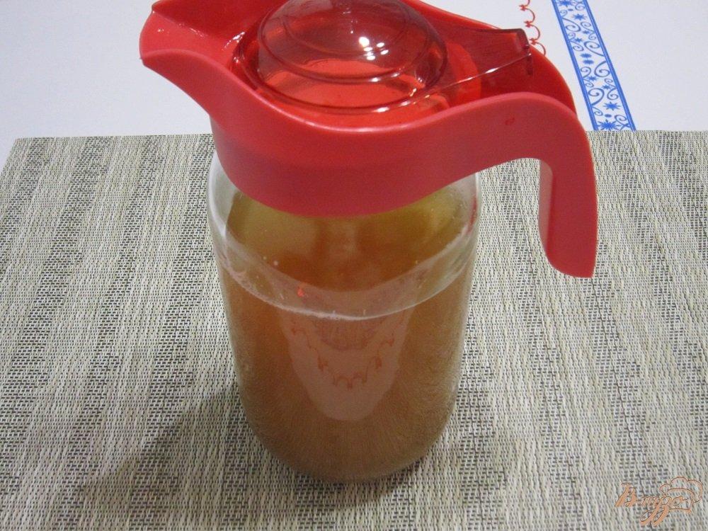 Фото приготовление рецепта: Яблочный квас шаг №6