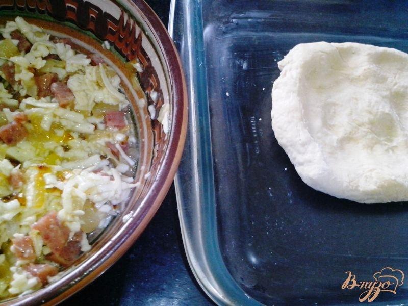 Фото приготовление рецепта: Пирог закусочный шаг №4