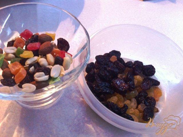 Фото приготовление рецепта: Манник с цукатами и изюмом шаг №2