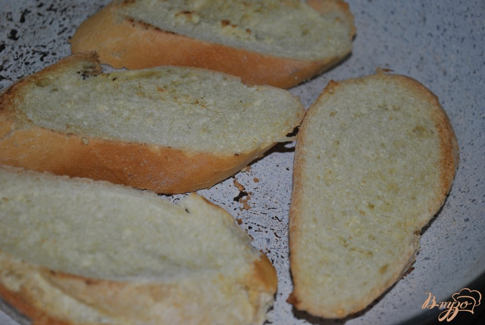 Фото приготовление рецепта: Горячие бутерброды шаг №8