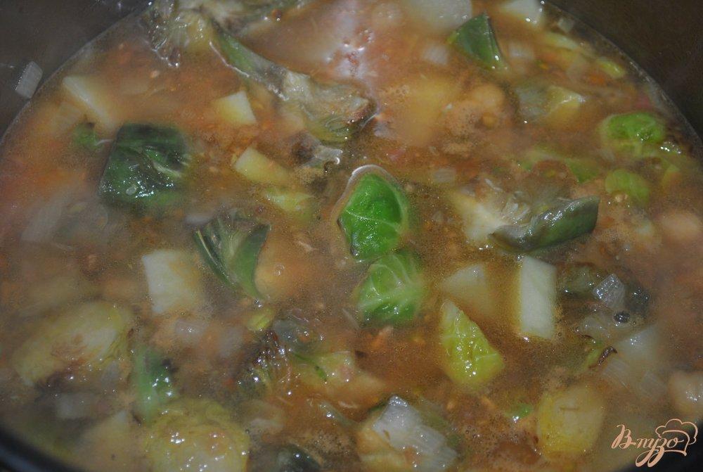 Фото приготовление рецепта: Суп-крем с брюссельской капустой и артишоками шаг №10