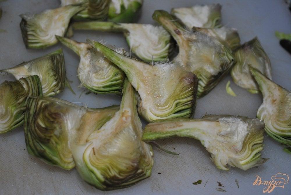 Фото приготовление рецепта: Суп-крем с брюссельской капустой и артишоками шаг №4