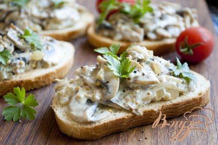 фото рецепта: Сэндвич с шампиньонами