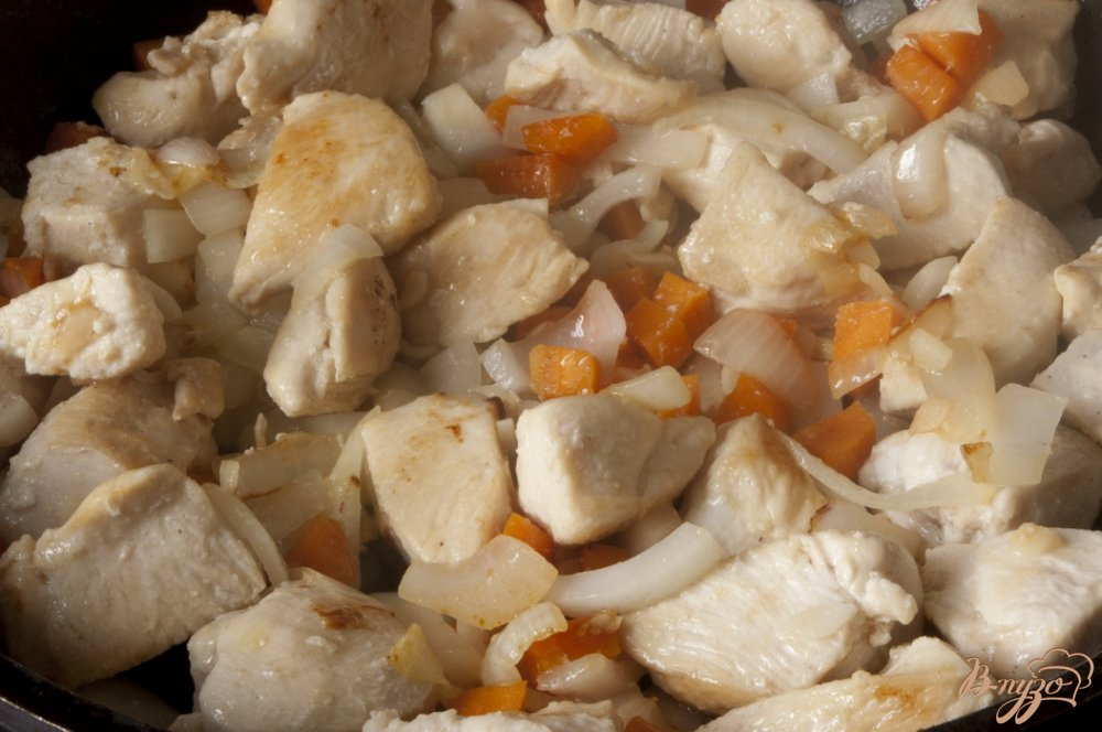 Фото приготовление рецепта: Соте из куриного филе шаг №4