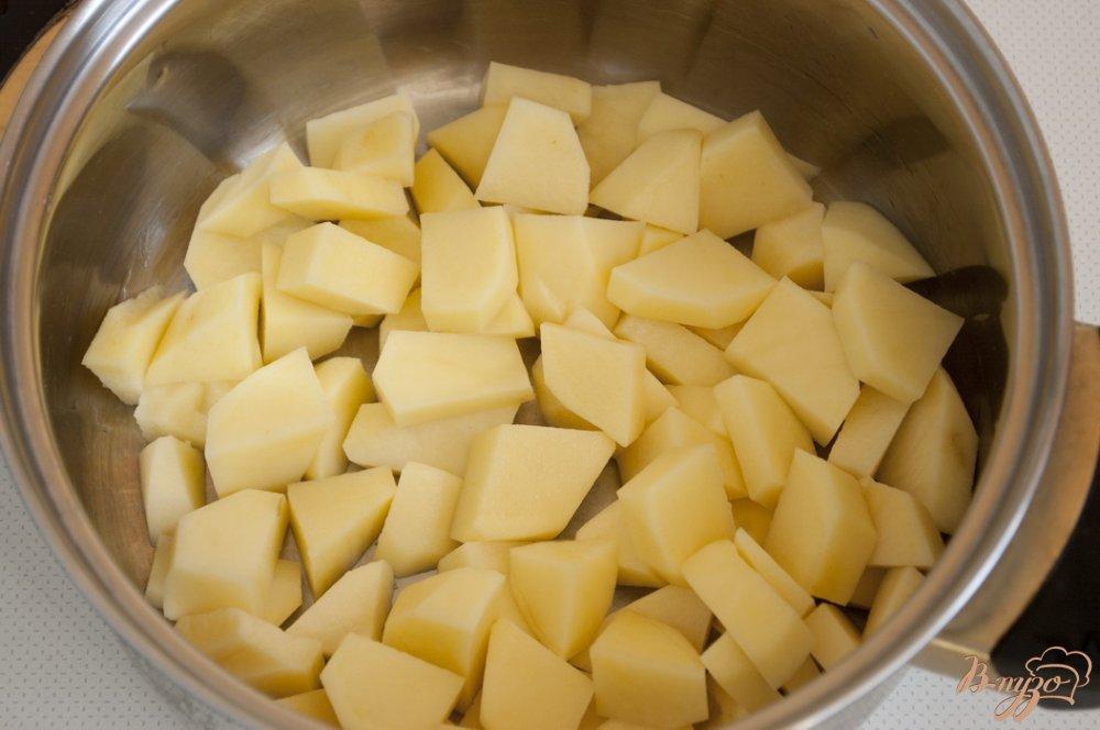 Фото приготовление рецепта: Ароматный суп с чесночком шаг №1
