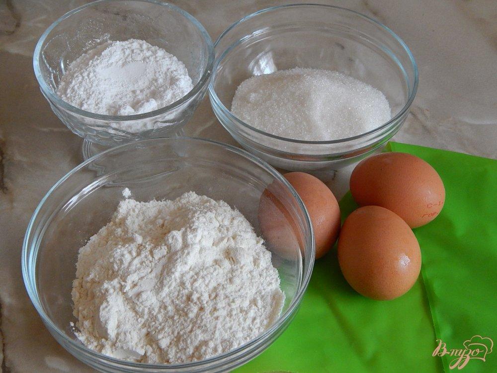 Фото приготовление рецепта: Бисквитное печенье савоярди шаг №1