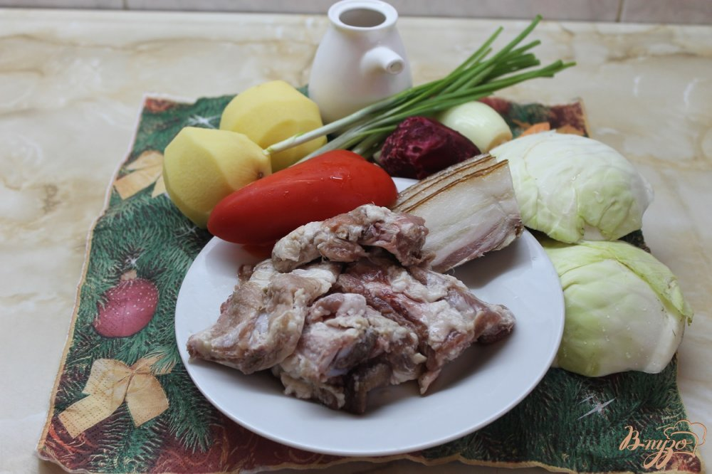 Фото приготовление рецепта: Борщ украинский с ребрами шаг №1