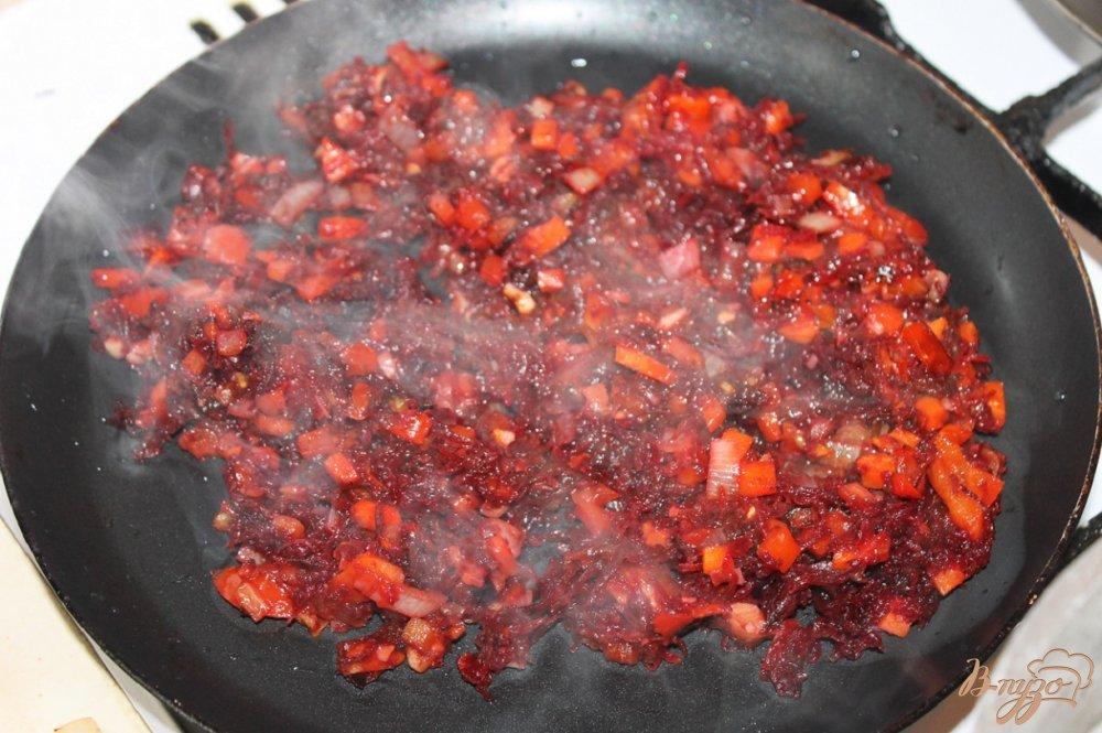 Фото приготовление рецепта: Борщ украинский с ребрами шаг №7