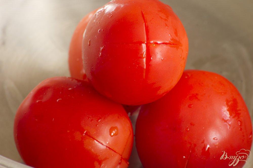 Фото приготовление рецепта: Брускетта с помидорами шаг №1