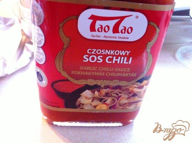 Фото приготовление рецепта: Утиная грудка с острым соусом чили и медом шаг №4