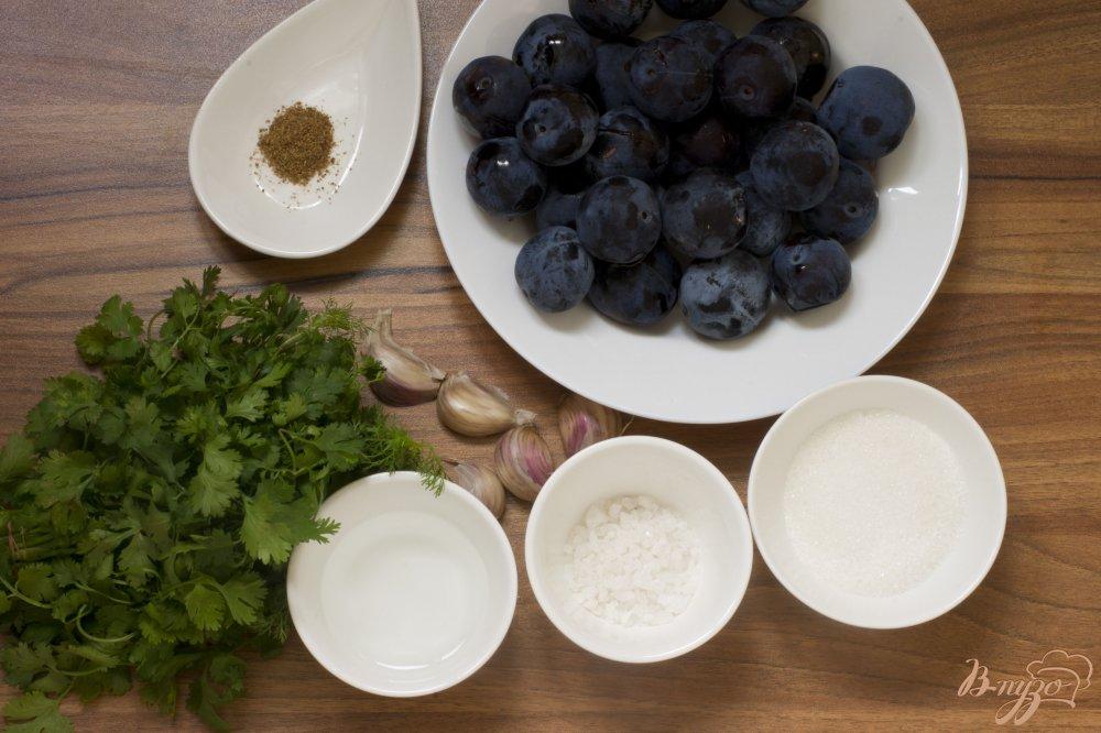 Фото приготовление рецепта: Соус с кинзой шаг №1