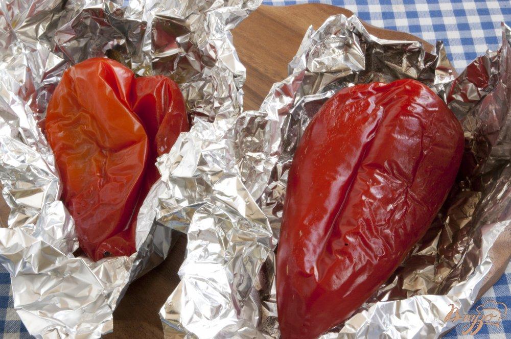 Фото приготовление рецепта: Булгур с печеным перцем шаг №2