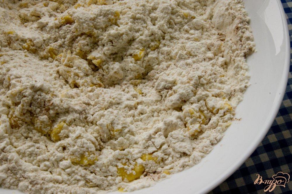 Фото приготовление рецепта: Пряничный домик шаг №5