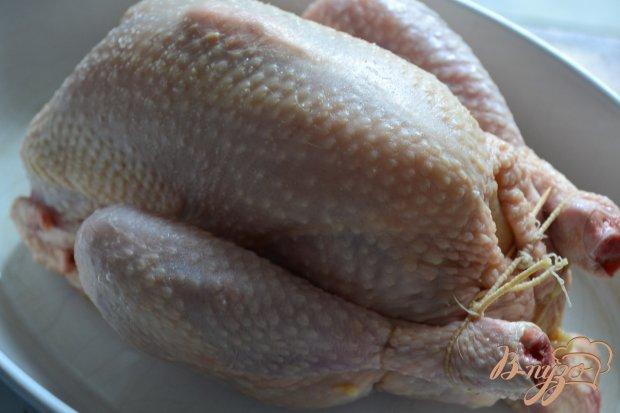 Курица фаршированная айвой и копченой ветчиной