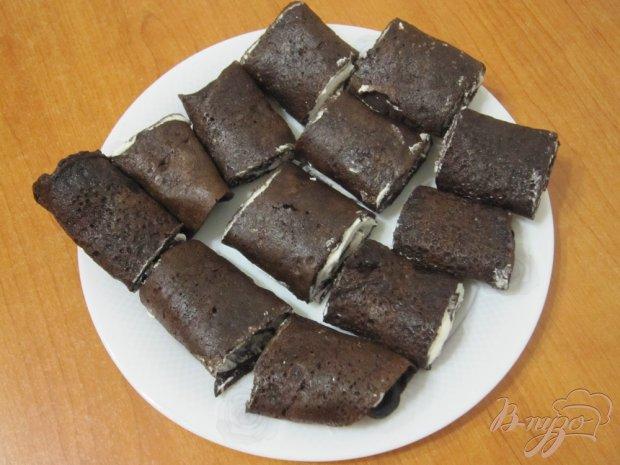 """Шоколадные блины с кремом """"Черные розы"""""""