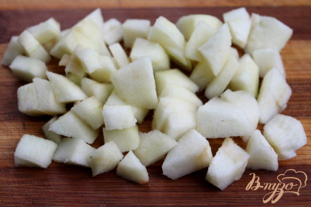 Картофель с яблоком и розмарином