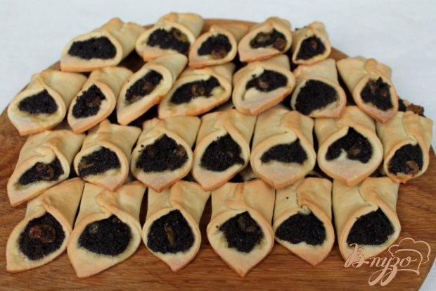 Печенье с маком и изюмом