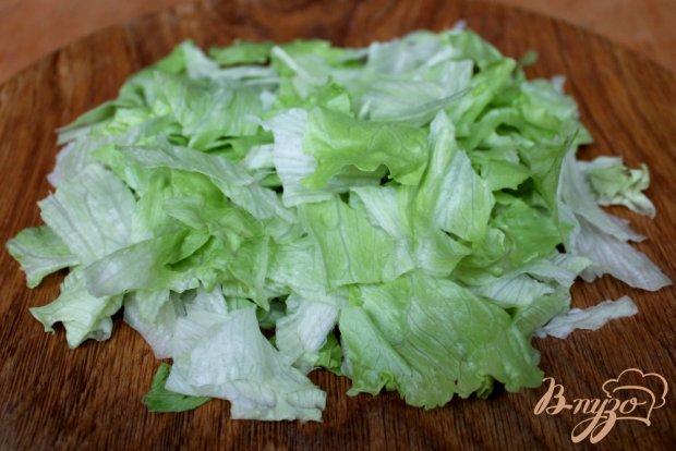 Салат с креветками и голубым сыром