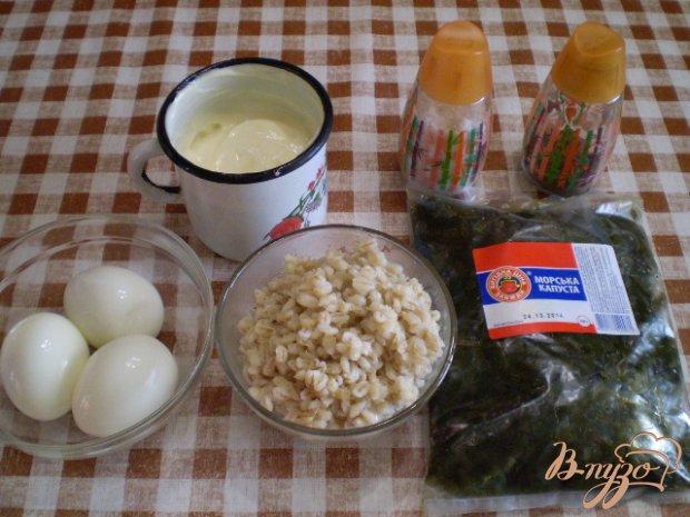 Салат с ламинарии, перловки и яиц