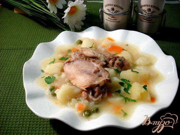 Картофель тушёный с курицей и горошком