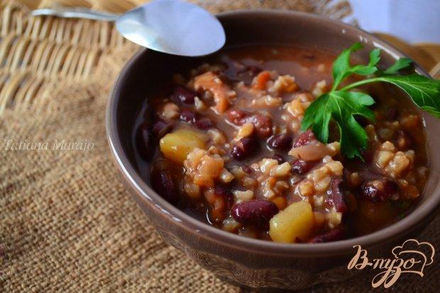 Густой овощной суп на курином бульоне