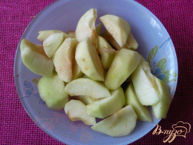 Запеканка из яблок и говядины