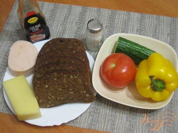 Горячие фитнес-бутерброды с ветчиной и сыром