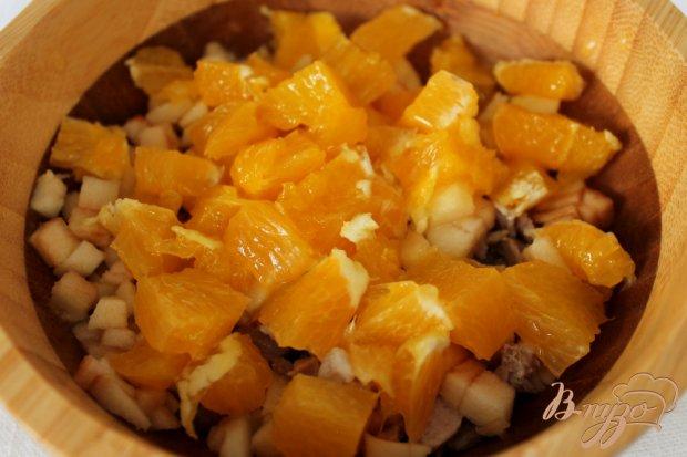 Мясной салат с апельсином
