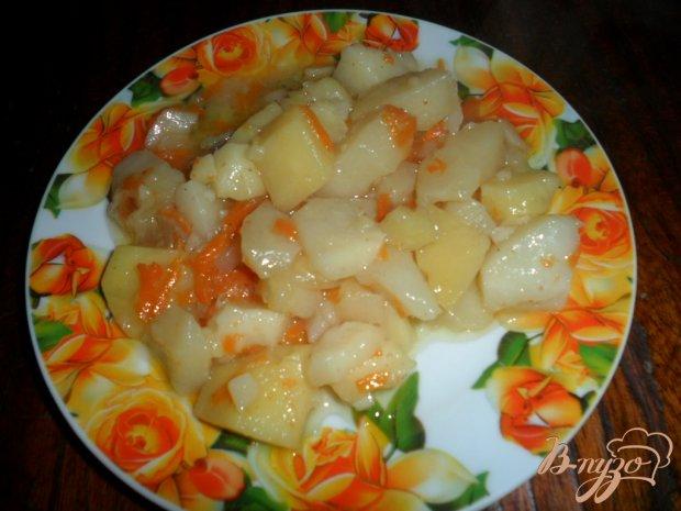 Тушеный картофель с смальцем и чесноком