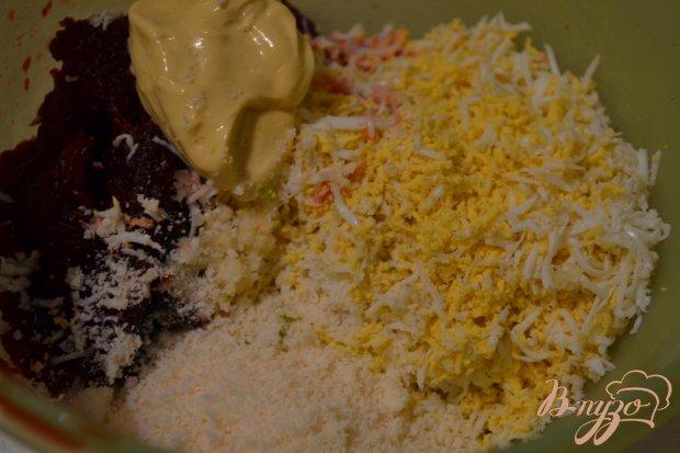 Свекольный салат с копченой семгой