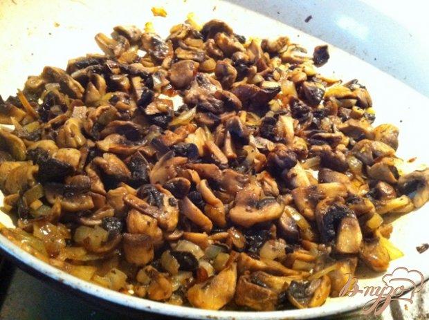 Салат птица с грибами