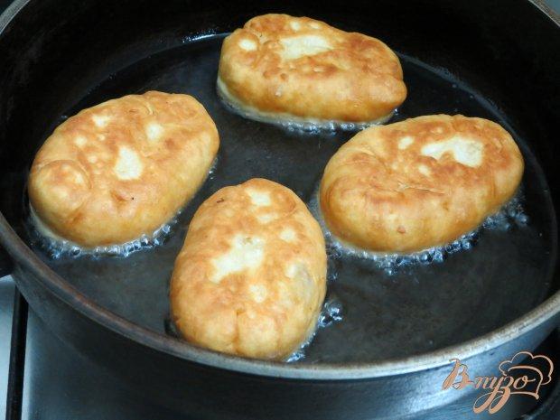 Пирожки  на кефире  во фритюре