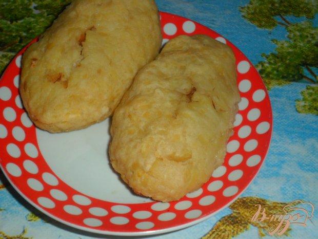 Картофельные пирожки с тушеной капустой