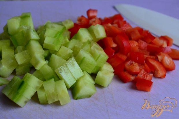 Овощной салат с рыбными консервами