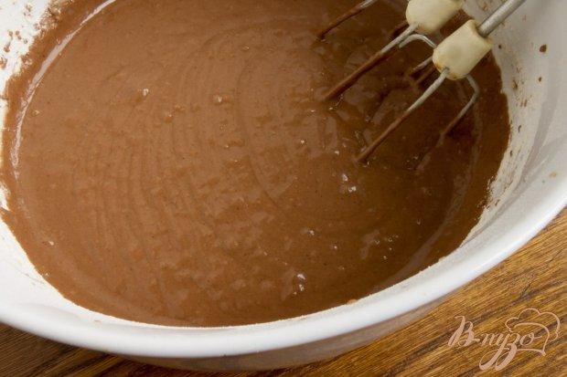 Кекс шоколадный со сливами