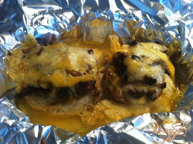 Филе хека запеченное с грибами и сыром