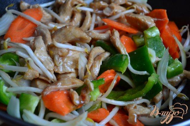 Куриное мясо с овощами