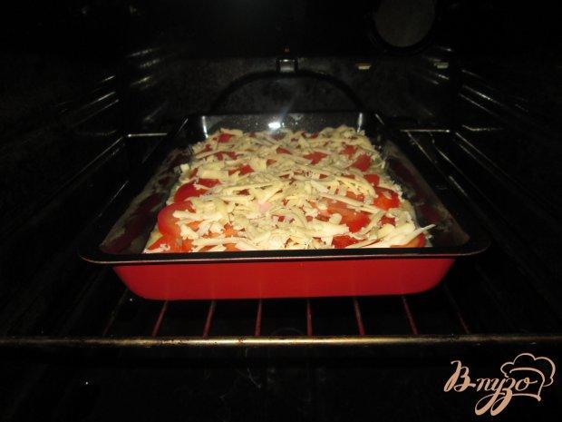 Запеканка с картофелем, сосисками и помидорами