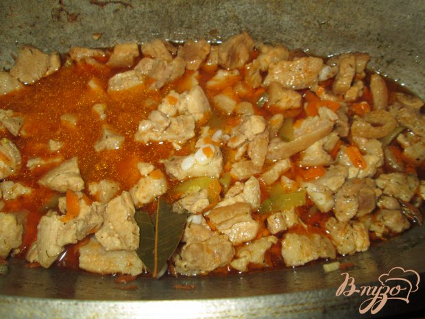 Азу из свинины с маринованными огурчиками