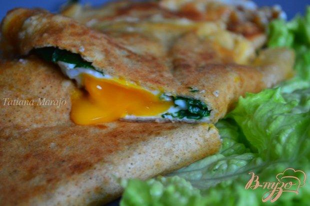 Блины со шпинатом, сыром и яйцом