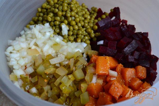 Свекольный салат с кусочками тыквы