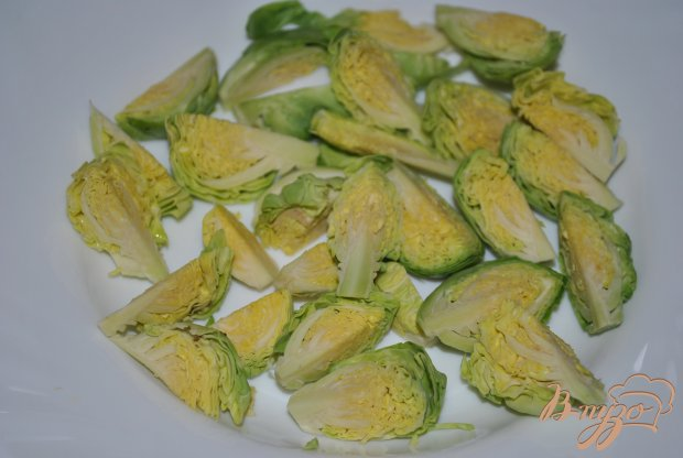 Салат-микс с брюссельской капустой