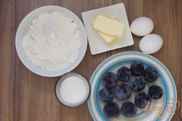 Пирог со сливами и штрейзелем