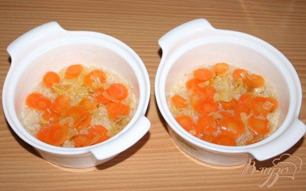 Рис с овощами и маслинами в горшочках